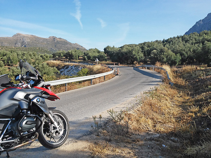 voyage moto espagne couleurs d 39 andalousie hedonist motorcycle tours. Black Bedroom Furniture Sets. Home Design Ideas