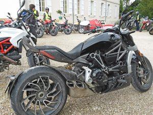 voyage-moto-ducati-motorcycle-tour-rid-test-7