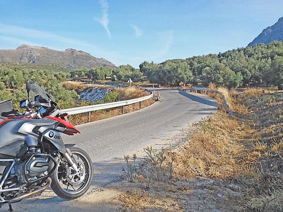 voyage-moto-espagne-andalousie-light-6