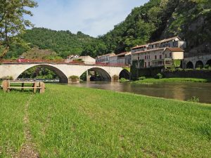 voyage-moto-france-motorcycle-tour-cahors-lot-w-6