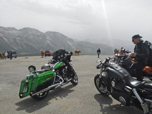 voyage-moto-france-motorcycle-tour-pyrenees-7-tourmalet-aubisque-w-4