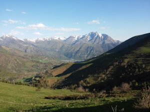 voyage-moto-france-motorcycle-tour-pyrenees-ainsa-w-3