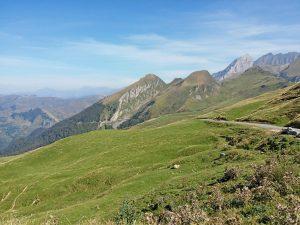 voyage-moto-france-motorcycle-tour-pyrenees-moto-guzzi-tourmalet-w-11