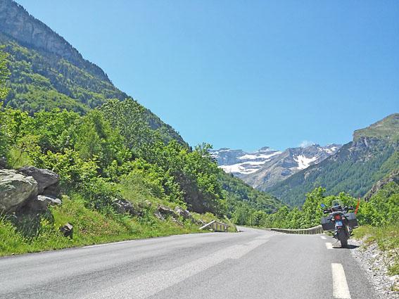 voyage-moto-pyrenees-light-4