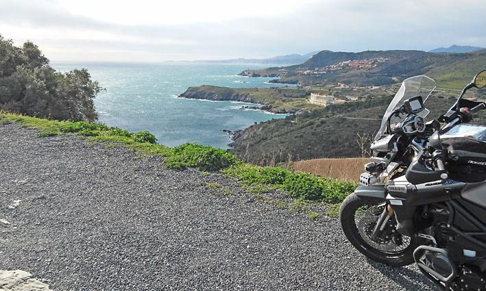 le long de la côte catalane pour ce voyage moto pyrénées
