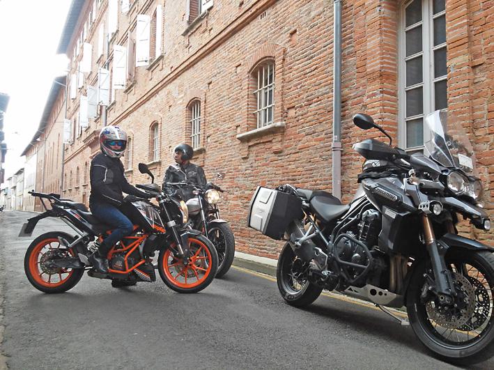 women motorcycle tour ktm travel southwestern france hedonist motorcycle tours. Black Bedroom Furniture Sets. Home Design Ideas