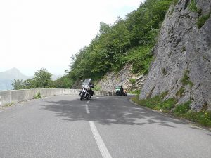 voyage-moto-france-motorcycle-tour-pyrenees-7-tourmalet-aubisque-w-3