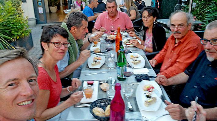 enfin le délicieux repas pendant ce voyage moto Pyrénées