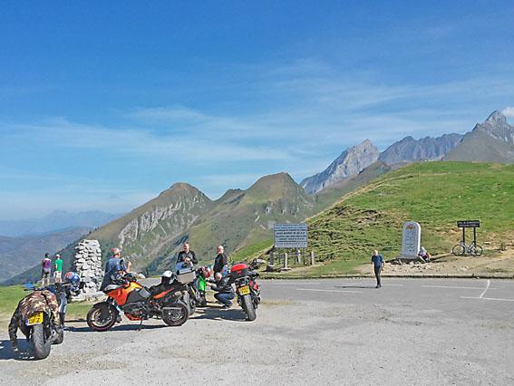 Voyage-Moto_France-_Traversee-Pyrenees_1