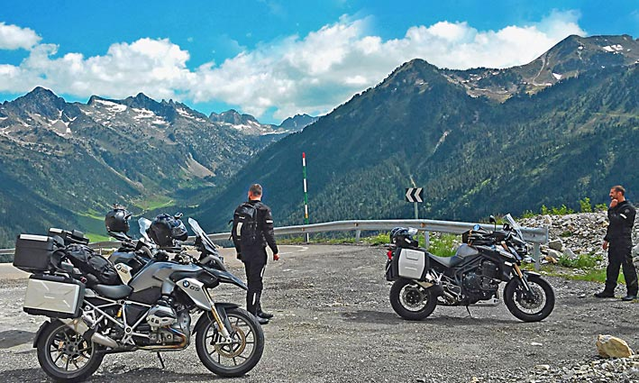 Motorcycle-Tour-Bmw-Travel-France-Pyrenees-Tourmalet (1)_W