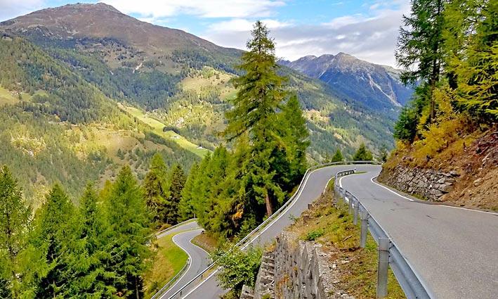 Voyages-Moto-Italie-Lacs-Dolomites-(1)_W