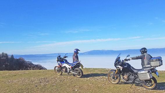 HedonistMotorcycleTours-Voyage-Moto-Alpes-Honda-Goldwing-AfricaTwin-25