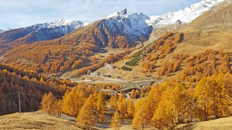 HedonistMotorcycleTours-Voyage-Moto-Alpes-Honda-Goldwing-AfricaTwin-27